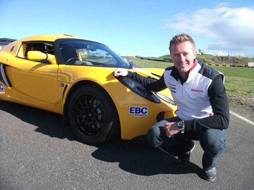 Best Pads for Track Day Driving image of Gordon Shedden